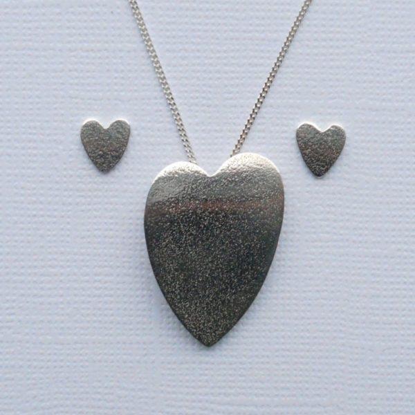Heart earrings and pendant set